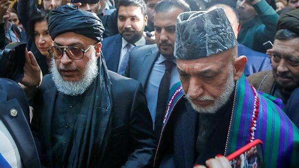 حامد کرزای و رئیس دفتر سیاسی طالبان در نشست صلح مسکو