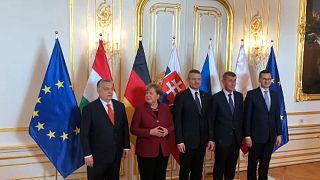 Merkel és Orbán Pozsonyban