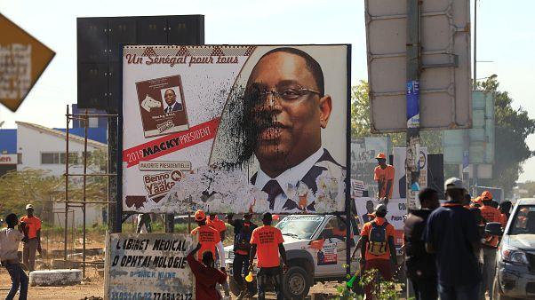 Sénégal : le camp du président Sall ignore les propos de l'ex-président Wade