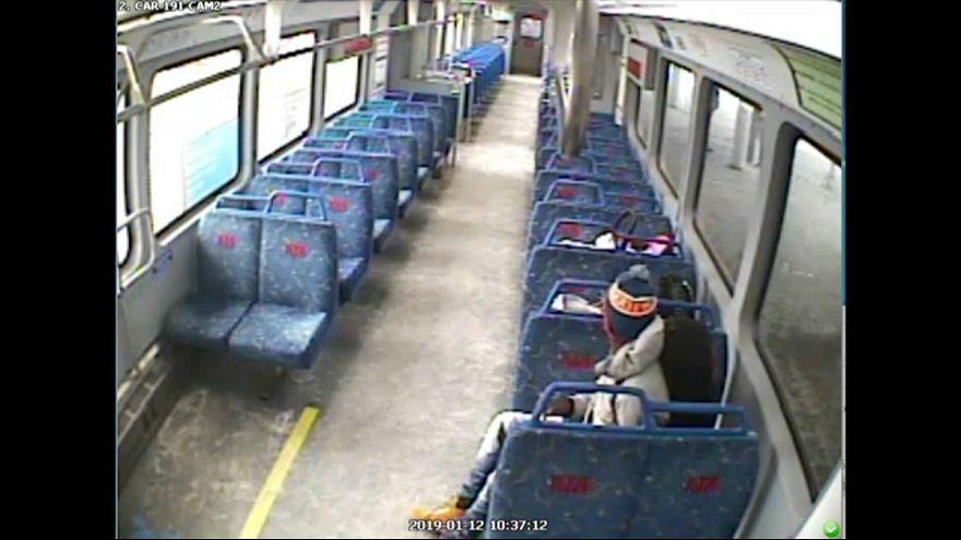 پدر سیگاری نوزادش را در قطار جا گذاشت