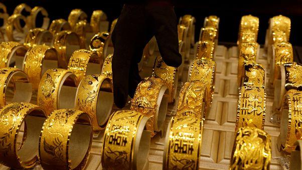 ولاية هندية تمنح 875 كيلوغراما من الذهب للعرائس