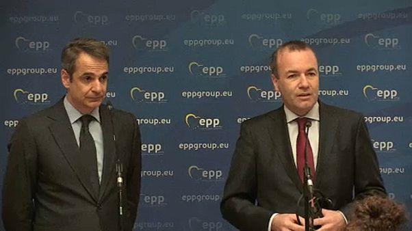 Евродепутаты пристыдили Грецию