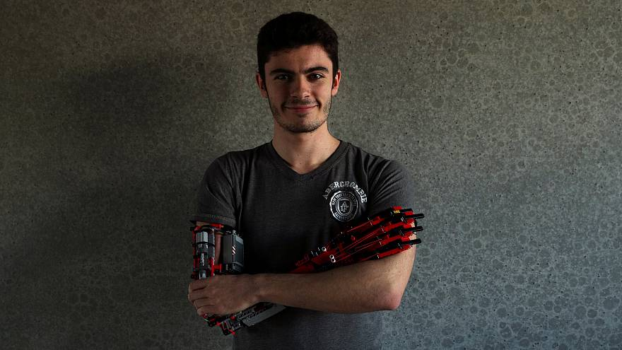 David Aguilar: Der Student mit dem Legoarm