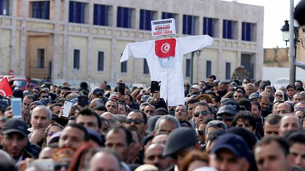 من مظاهرة للمعلمين في تونس  منذ أيام