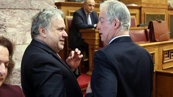 Ελλάδα: Εγκρίθηκε το πρωτόκολλο ένταξης της ΠΓΔΜ στο ΝΑΤΟ