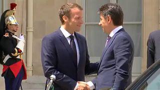 Mi állhat az olasz-francia politikai csörte hátterében?