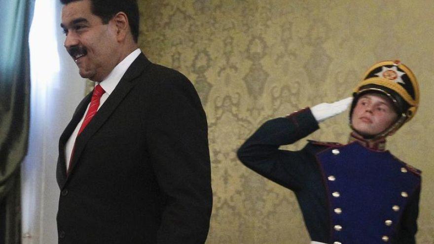 Больше половины россиян интересуются венесуэльским кризисом