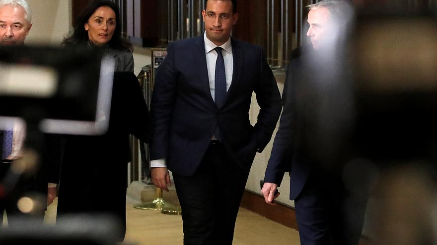 Photo prétexte Benalla : démission de la chef de la sécurité de Matignon.