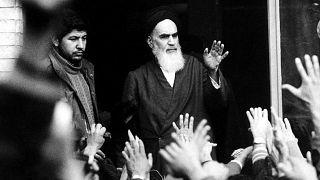 Ayetullah Ruhullah Humeyni, Şubat 1979 (arşiv)