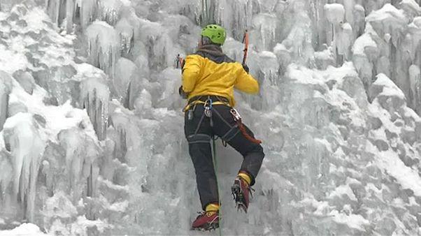 Jégfal-mászás a városban