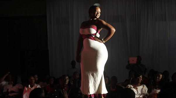 Miss Rondement Belle fashion show in Abidjan, 2013