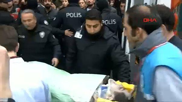 Isztambul: újabb túlélőt találtak a szerdai házomlás romjai között
