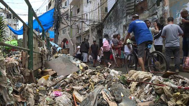 Temporal deixa rasto de destruição no Rio de Janeiro