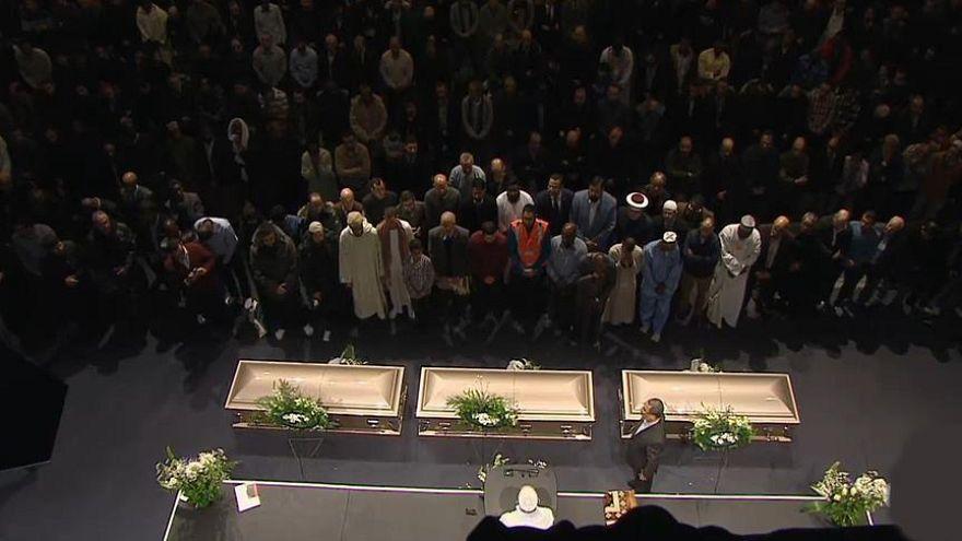 Camide 6 kişiyi öldüren Kanadalıya ömür boyu hapis