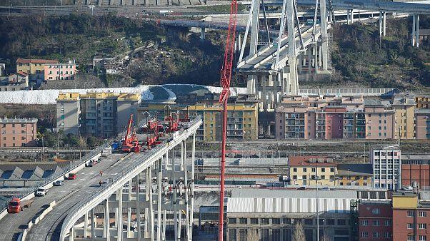Премьер-министр Италии дал старт сносу генуэзского моста Моранди
