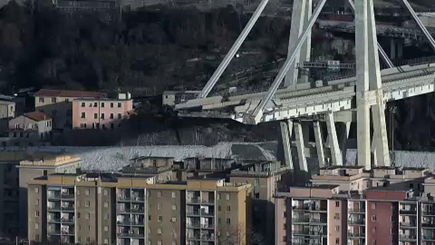 Gênes : 1e phase du démantèlement du pont en présence de Conte