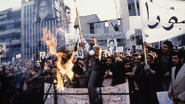 زرادخانه کلمات: انقلاب ایران و زبان فارسی