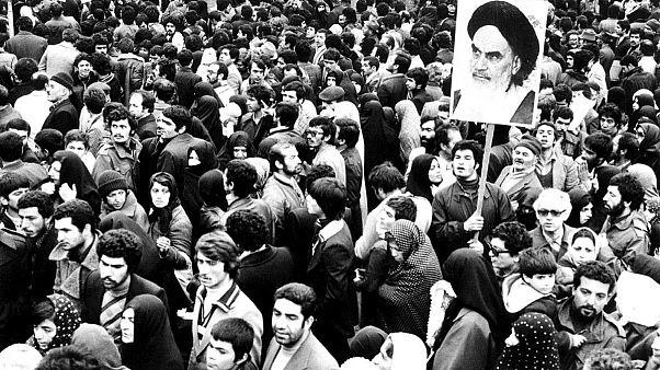 وعدههای انقلابیون با قدرت خرید ایرانیها چه کرد؟