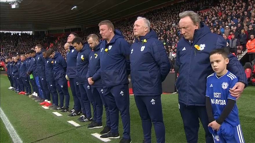 Cardiff City pay tribute to Emiliano Sala who died in a plane crash