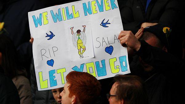 Un minuto di silenzio per Emiliano Sala: l'omaggio di Premier League e Ligue 1
