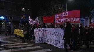 Σερβία: Και πάλι στους δρόμους κατά του Βούτσιτς
