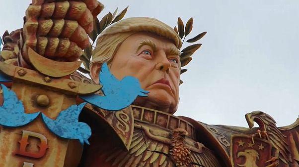 """Trump """"imperador do Twitter"""" no Carnaval de Viareggio"""