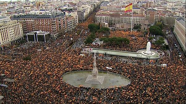 Kormányellenes tüntetés Madridban