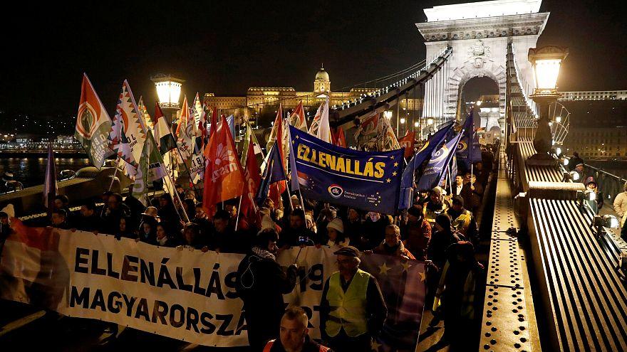 Az ellenzék is értékelte Orbánt