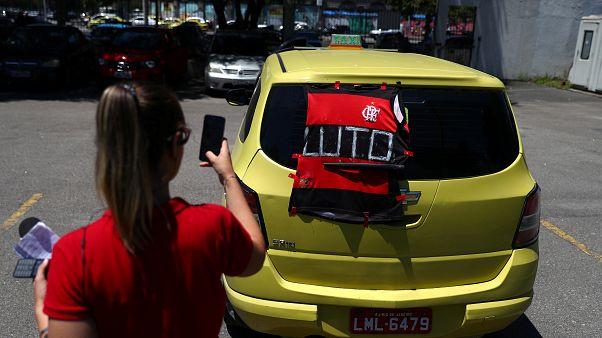 I funerali dei 10 giovani calciatori del Flamengo