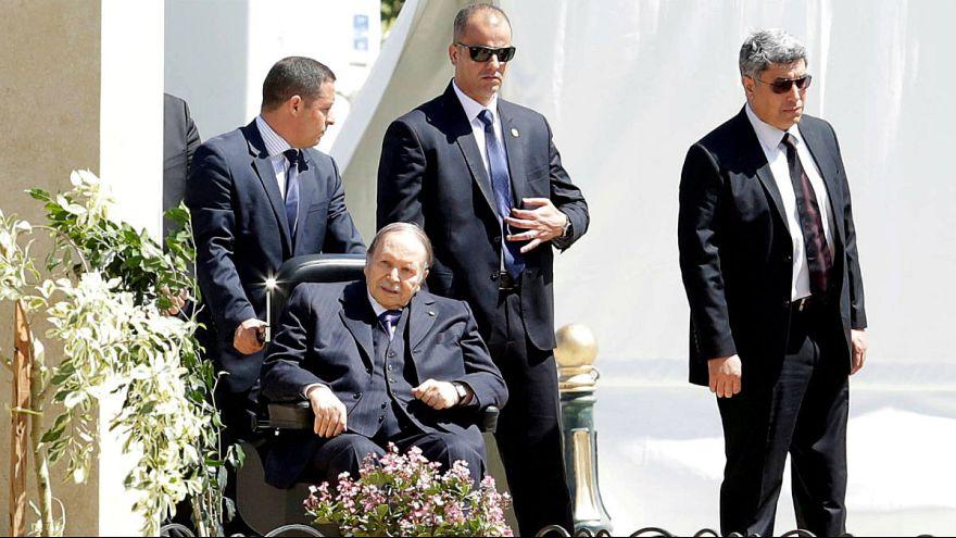 بوتفلیقه برای پنجمین بار پیاپی نامزد انتخابات ریاست جمهوری الجزایر شد