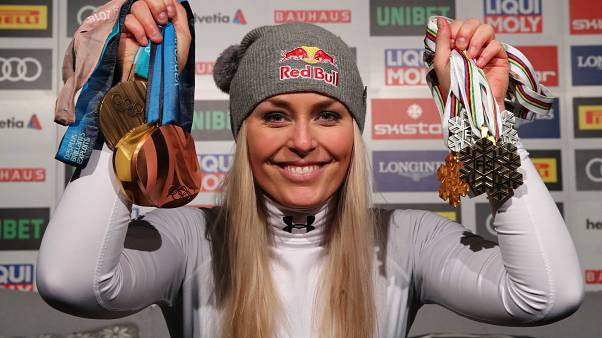 Lindsey Vonn takes bronze in her final alpine ski race