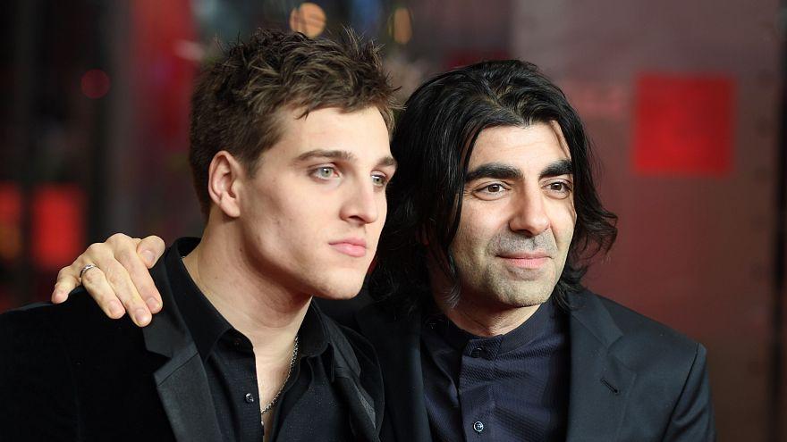 Fatih Akın ve oyuncu Alman oyuncu Jonas Dassler