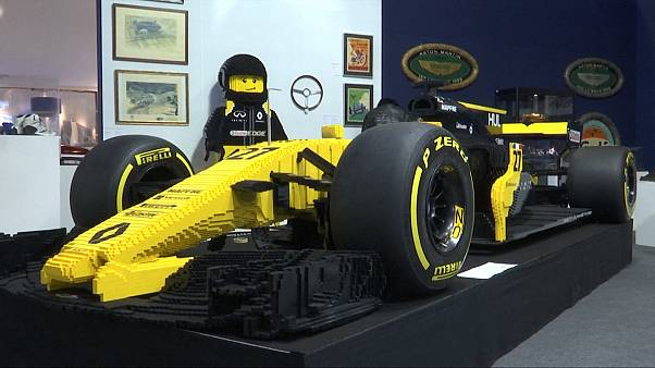 Ένα μονοθέσιο φτιαγμένο από... Lego