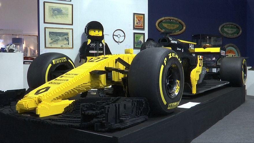 مزاد باريسي يبيع سيارة ليغو بحجم حقيقي مستوحاة من سيارة هولكنبرغ بنحو مئة ألف يورو