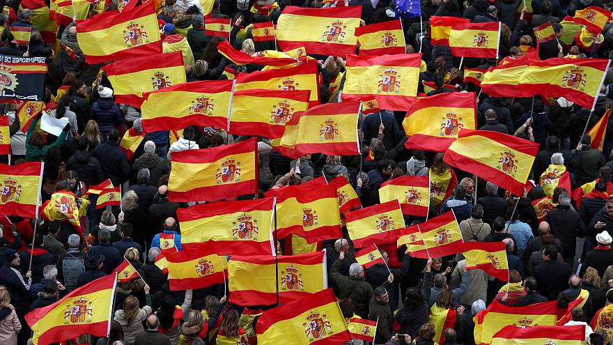 اسپانیا؛ راهپیمایی احزاب راست و راست افراطی درمخالفت با دولت سانچز
