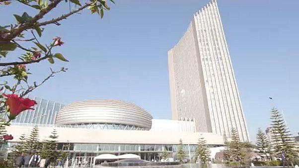 La migración y la inversión en África en la agenda de la cumbre de la UA