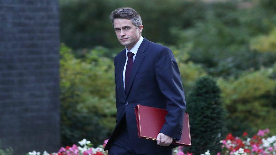 بريطانيا تستعرضُ عضلاتها قبيل خروجها من الاتحاد الأوروبي