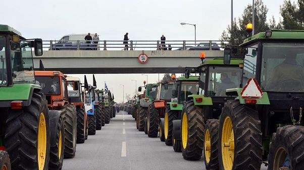 Ελλάδα: Αποφασίζουν για το μέλλον των κινητοποιήσεων οι αγρότες