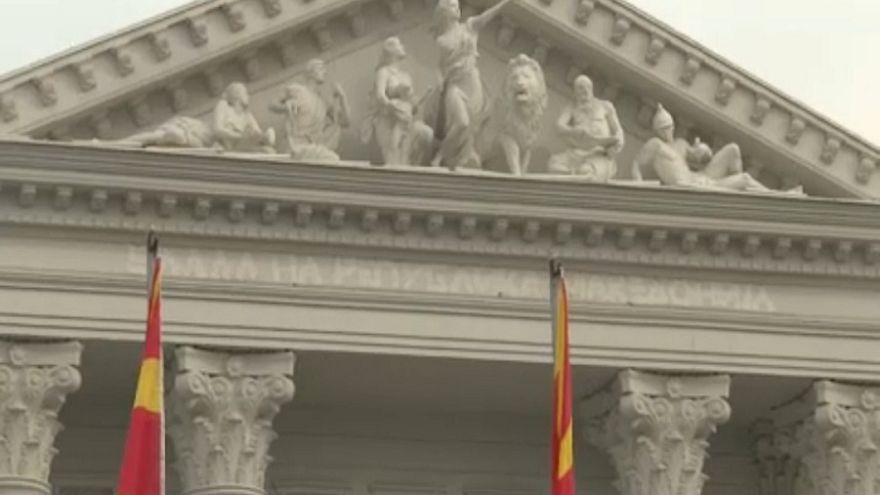 A névváltoztatás miatt lecserélik a feliratokat Macedóniában