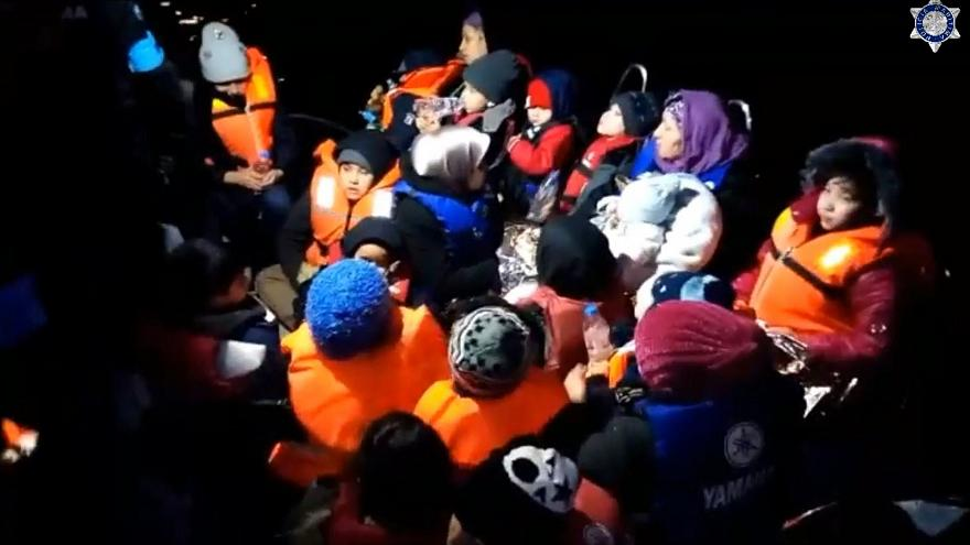 Διασώσεις μεταναστών ανοιχτά της Λέσβου