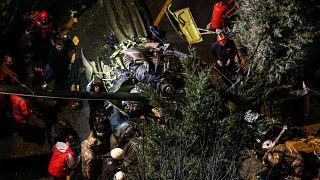 TSK'ya ait helikopter Çekmeköy'de düştü: 4 asker hayatını kaybetti