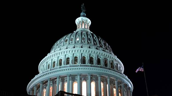 توافق اولیه اعضای کنگره آمریکا برای جلوگیری از تعطیلی مجدد دولت