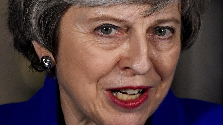 Theresa May tells MPs to 'hold our nerve' over Brexit deal