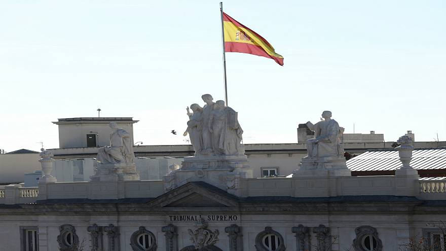 محاكمة الإنفصاليين الكتالونيين في إسبانيا.. ماذا يجري وماذا بعد؟