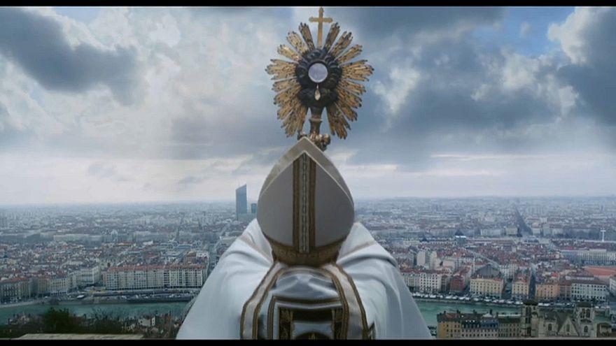 """""""Gelobt sei Gott"""": ein Film über Missbrauchsskandale in der Kirche"""