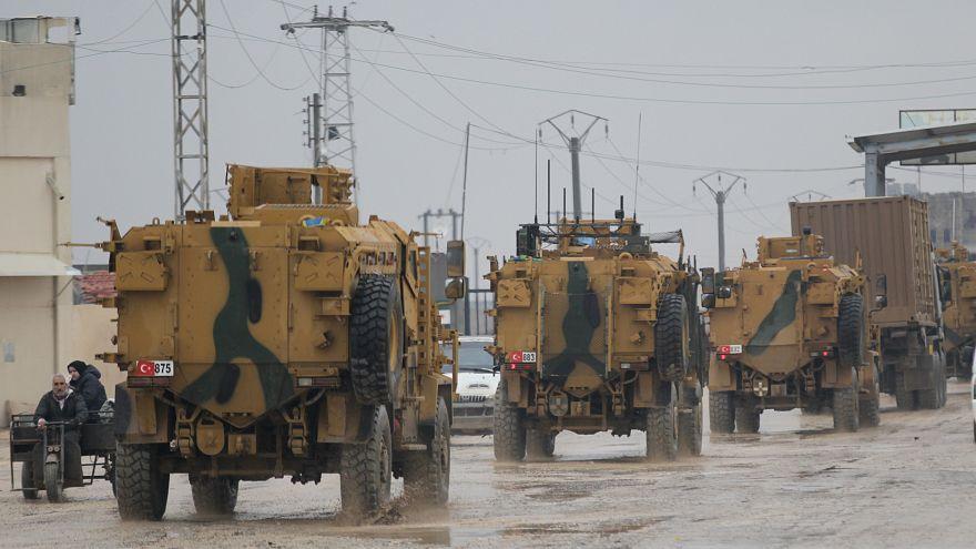 مجموعة مدرعات تركية تعبر بوابة كلس الحدودية بين سوريا وتركيا - أرشيف