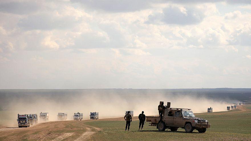 شاهد: لحظة انفجار سيارة مفخخة بالقرب من معبر حدودي بين سوريا وتركيا