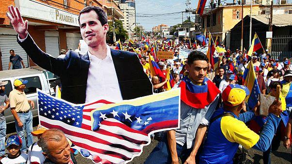 راهپیمایی دوباره مخالفان در ونزوئلا؛ روسیه نسبت توسل به زور به آمریکا هشدار
