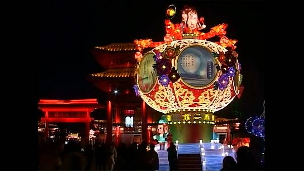Lanterns light up sky of ancient Chinese city