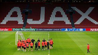 Ajax sürpriz, formda Tottenham galibiyet peşinde